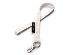 Milo-Schaly Schlüsselband lang mit Karabiner Blümchen cremefarben grau Schlüsselanhänger  - Handarbeit kaufen