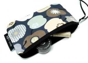 Milo-Schaly Kosmetiktasche Apfel grau blau Schminktäschchen Krimskrams Täschchen Kosmetiktäschchen  - Handarbeit kaufen
