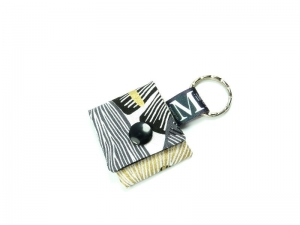 Milo-Schaly Einkaufswagenchip Täschchen weiß goldfarben schwarz Schlüsselanhänger mit Chip  Chiptäschchen  - Handarbeit kaufen