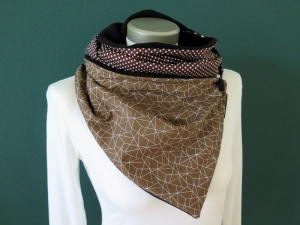 Milo-Schaly  Wickelschal Patchwork Geometrie braun weiß Fleece warmer Schal mit Knopf   - Handarbeit kaufen