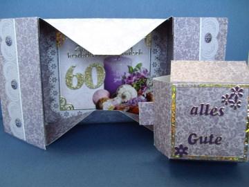 Geburtstagskarte zum 60 für eine Frau *Schachtelkarte*