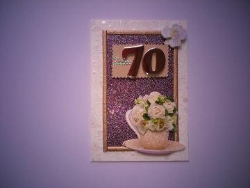 Geburtstagskarte in beige zum 70 Geburtstag für eine Frau