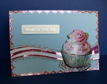 Geburtstagskarte für alle  in hellblau mit einem CupCake - Handarbeit kaufen