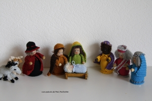 Krippenfiguren, Weihnachtsfiguren gehäkelt, Größe ca. 10 cm, 100% Handarbeit, Artikel 6104 bei Paul & Paulinchen