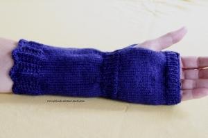 Armstulpen, Pulswärmer handgestrickt, dunkelblau,  Artikel 1007von Paul_Paulinchen - Handarbeit kaufen