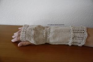 Armstulpen, Pulswärmer, Stulpen handgestrickt, beige, Artikel 1008 von Paul_Paulinchen  - Handarbeit kaufen