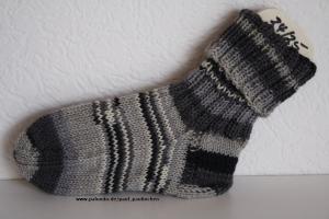 Kindersocken grau-schwarz, Größe 24/25, für Jungen und Mädchen Artikel 4177 bei Paul & Paulinchen   - Handarbeit kaufen