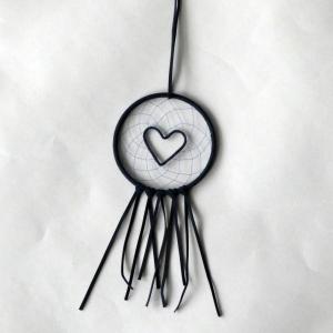 Traumfängerchen Herz ♡ dunkelblau oder bordeauxrot ♡ ca. 20 cm lang