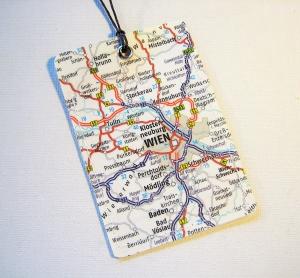 Kofferanhänger WIEN ♥ Österreich Landkarte *upcycling* - Handarbeit kaufen