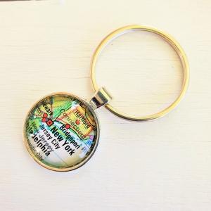 Schlüsselanhänger NEW YORK ♥ silberfarben *Landkarte* Accessoire - Handarbeit kaufen