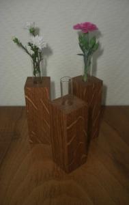 Drei handgefertigte Miniaturvasen aus Eiche!