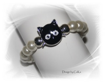 Hübsches Armband für Katzenfreunde aus Glaswachsperlen (elastisch) mit einem Katzenkopf (Chunkbutton-Druckknopf)