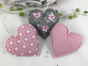 3 Stoffherzen, Dekoherzen in grau/rosa,Aufhänger - Handarbeit kaufen