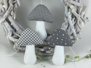 3 Stoffpilze in grau/weiß,Dekopilze,Pilze,Sommer,Herbst, - Handarbeit kaufen