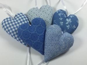 5 Stoffherzen in blau,Dekoherzen,Fensterdekoration - Handarbeit kaufen