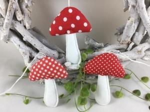 3 Stoffpilze in rot/weiß,Dekopilze,Pilze,