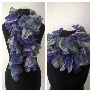 Rüschenschal handgestrickt in den Farben Lavendel-Rosa-Grau, Länge 160 cm