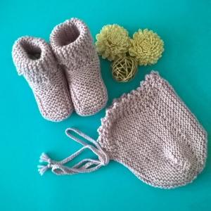 Baby Mütze und Schuhe--Geschenkset zur Geburt--Gr.: 62-68(3-6  Monate)--100% Wolle - Handarbeit kaufen