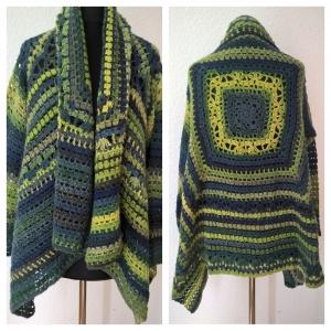 Häkel Jacke--Gr.: 40/42--Wolle mit Farbverlauf--Grüntöne/Blautöne - Handarbeit kaufen
