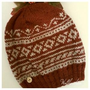 Mütze--100% Wolle--Farbe: Marone/Eiche