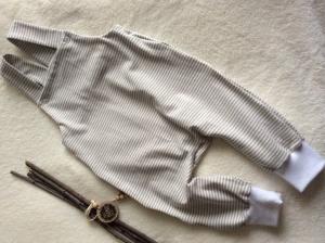 Babystrampler Gr. 68/74, weiß-beige