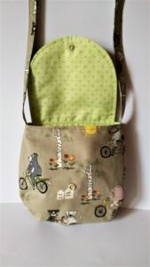 Genähte Mädchentasche aus Baumwollstoff