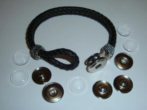 Armband aus Leder und 5 Chunks und 5 Glascabochons