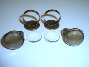 4 Ringrohlinge mit 16mm Glascabochons