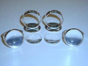 4 Ringrohlinge *nf* mit 16mm Glascabochons