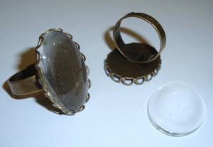 2 ovale Ringrohlinge mit Glascabochons