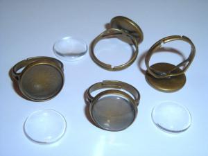 4 Ringrohlinge bronzefarben mit 14mm Glascabochon