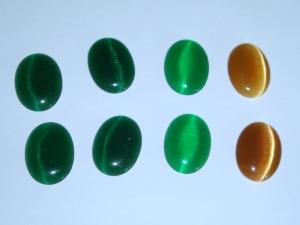 8 ovale Cateye-Steine 13x18mm