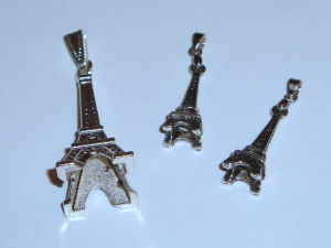 Set aus 3 Metallanhängern