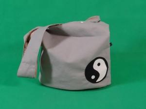 Ledertasche Yogatasche Tasche Yoga XXL Umhängetasche Kunstleder Yogazeichen Ying Yang - Handarbeit kaufen