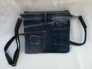 Upcycled Jeanstasche mit reflektierender Rückseite - Handarbeit kaufen