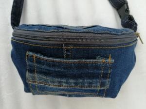 Jeans - Bauch- Gürteltasche / Crossbag Upcycling - Handarbeit kaufen