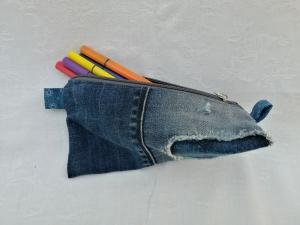 Utensilio - Stiftemäppchen - Kosmetiktäschchen - Jeansupcycling - Used Look - Handarbeit kaufen