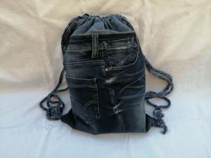 Turnbeutel - Rucksack - Upcycled Jeans - reflektierende Rückseite - Handarbeit kaufen