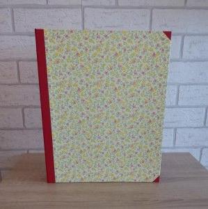 Handgefertigtes Ringbuch für DIN A4 aus Pappe, Papier und Buchleinen - Blümchen bunt - Handarbeit kaufen