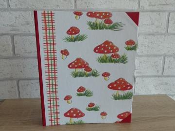 Handgefertigtes Ringbuch für DIN A5 aus Pappe, Papier und Buchleinen - Flipi
