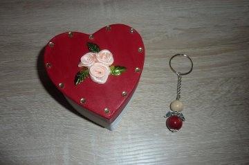 Schlüsselanhänger Engel Geschenkset - Herz mit Rosen - Handarbeit kaufen