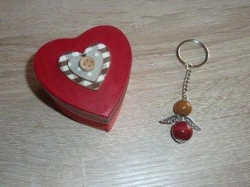 'Schlüsselanhänger Engel Geschenkset mit Herzverpackung rot-braun - Handarbeit kaufen