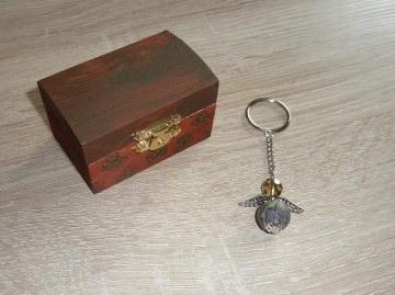 'Schlüsselanhänger Engel Geschenkset Truhe braun-grün