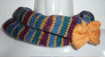 gestrickter Schal - Loop mit Schleife - mehrfarbig - Handarbeit kaufen