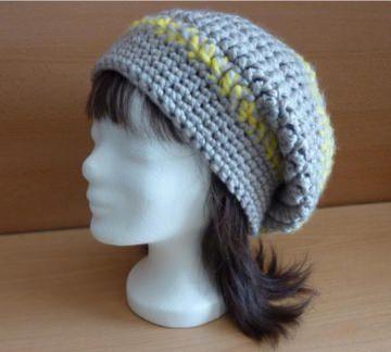 gehäkelte Mütze - grau-gelb