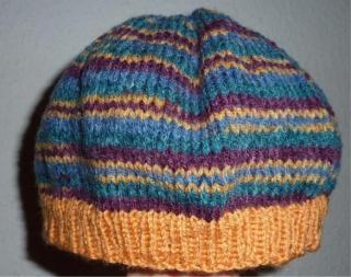 gehäkelte Mütze - gestreift - mehrfarbig