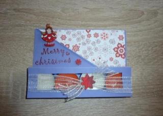 Teelichtgeschenkset mit vier Teelichtern - lila-rot-weiß TEXT: Merry Christmas