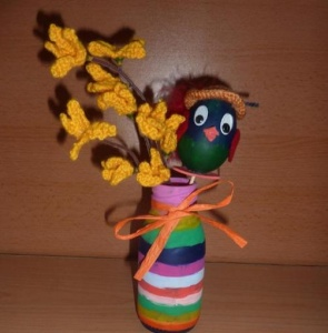 Blumenvase mit Häkelblume und Dekohuhn - bunt - Handarbeit kaufen