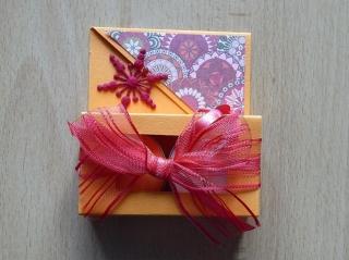 Teelichtgeschenkset mit zwei Teelichtern - orange-rot mit Stern - Handarbeit kaufen