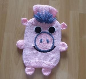 Gestrickter Wärmflaschenbezug - Schweinchen -  inkl.Wärmflasche - Handarbeit kaufen